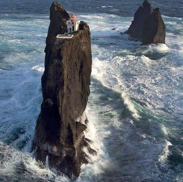 Lighthouse in Iceland.jpg