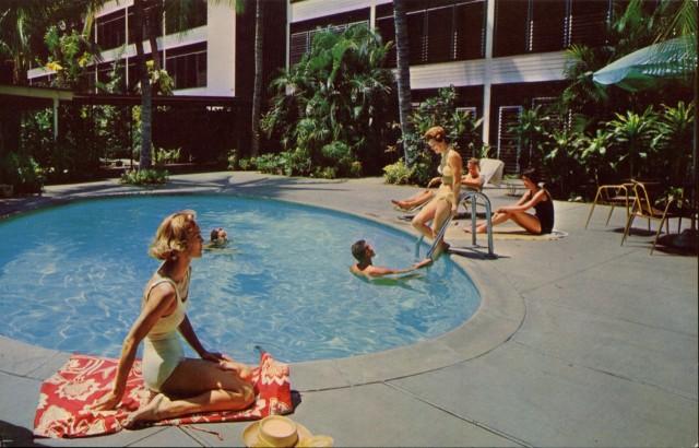 The Waikiki Hotel, Hawaii.jpg